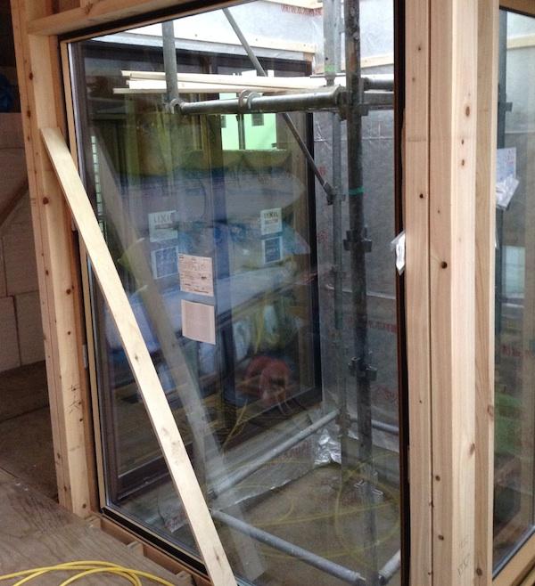 コートテラス窓