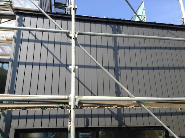 外壁ガルバリウム鋼板