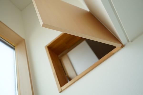 書斎の小窓3