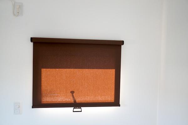 寝室インテリアカーテンロール