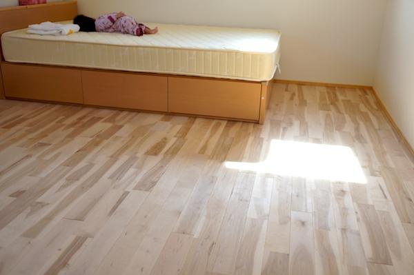 寝室インテリアベッド