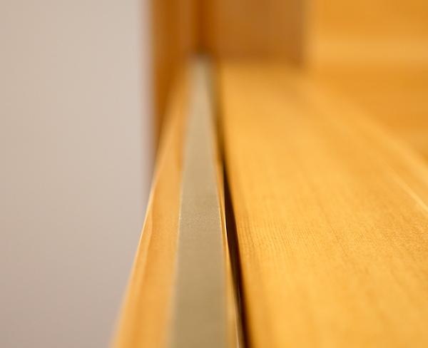 木製引き戸の防音対策!玄関とリビングつなぐ建具の遮音に
