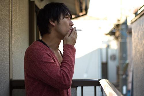 ベランダタバコ