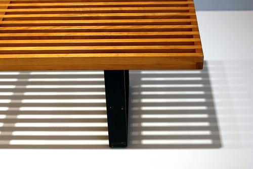 ジェネリック家具のソファってどう?照明やチェア使い心地,デザインについて