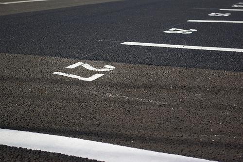 駐車場1台分の広さ 一般的にどのくらい?寸法何㎡の規格とは